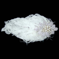 BRIDAL FEATHER FACINATOR